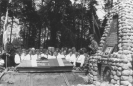 Nežinomojo partizano laidotuvės ir paminklo atidengimas