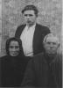 Vytautas Kaziulionis su tėvais tremtyje