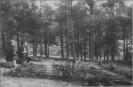 kapinėse meldžiasi partizanai