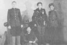 išdavikas ir NKVD karininkai